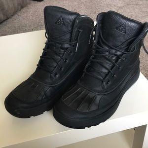 Nike ACG boots black size 11.5